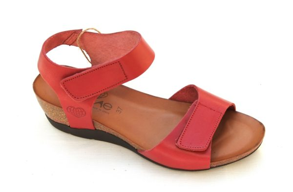 """Dames sleehak sandaaltje van """"Take Me"""" rood leer"""