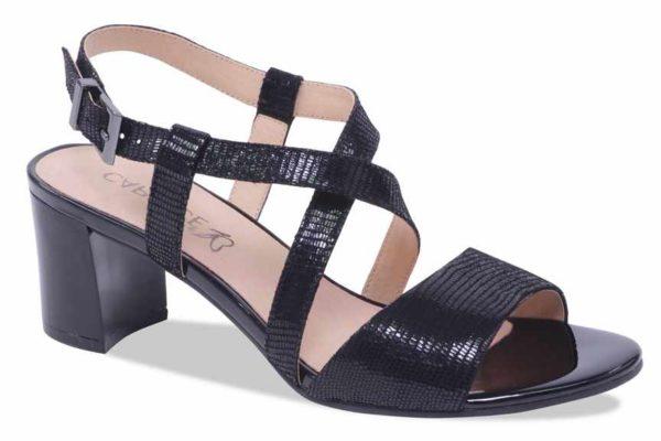 C025 Caprice kruisband sandaaltje zwart glans fantasieprint