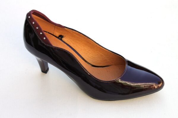 Caprice pump bordeaux lak art. 9-9-22400-29 548