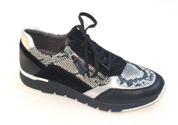 C002 Caprice sneaker zwart met pythonprint