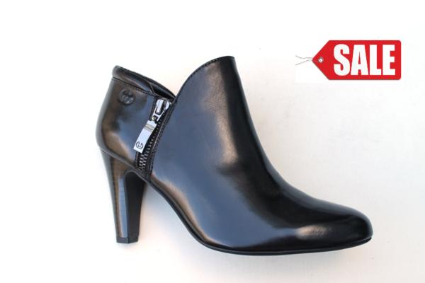 GW006 Gerry Weber hoog gesloten schoen zwart leer